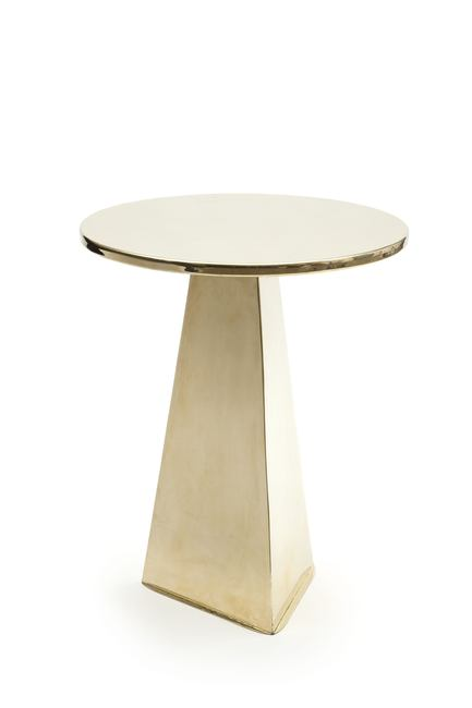 Pierre-Gonalons-PYRAMID-table