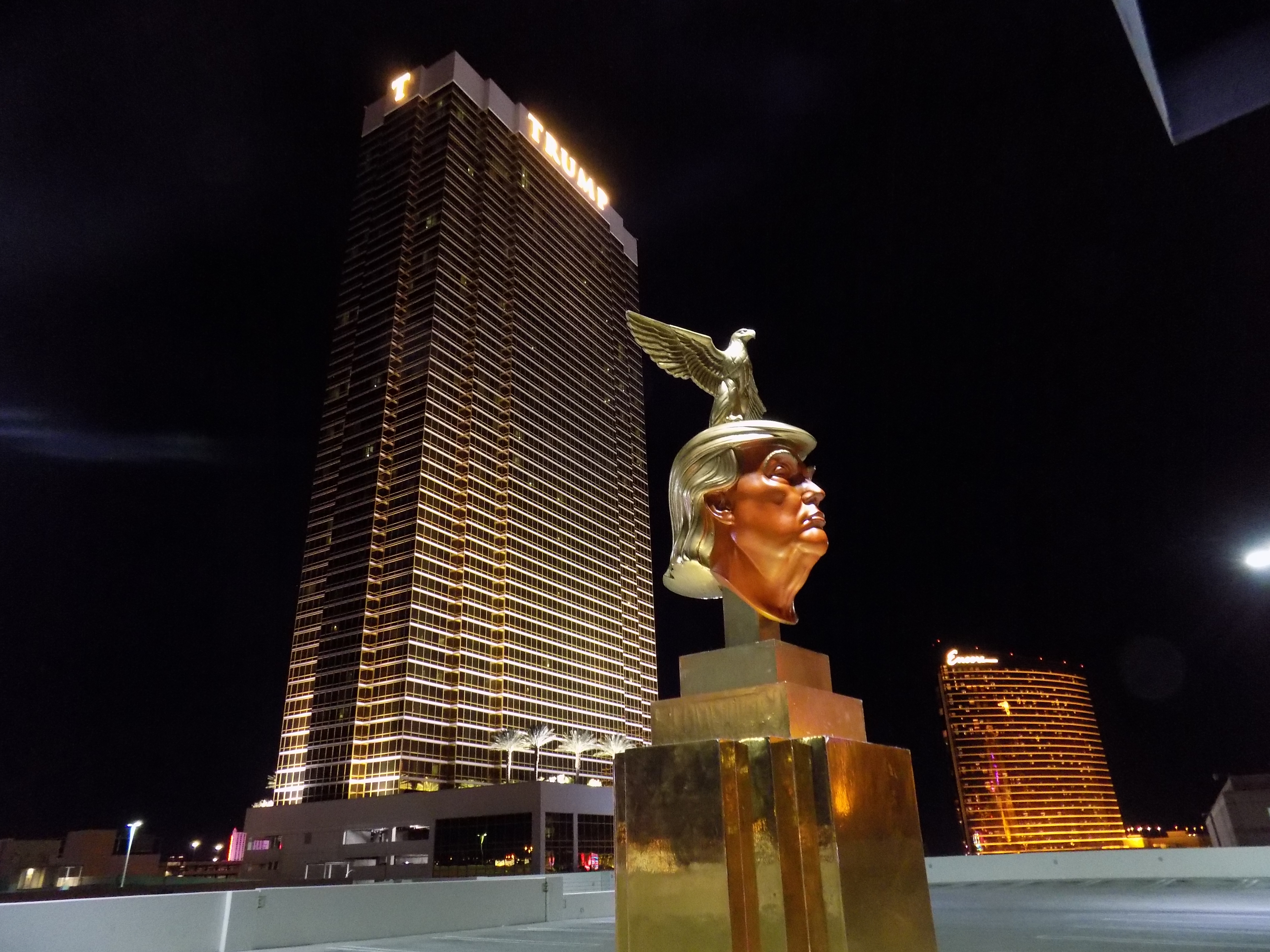 06-Trumps-Monument-to-Self